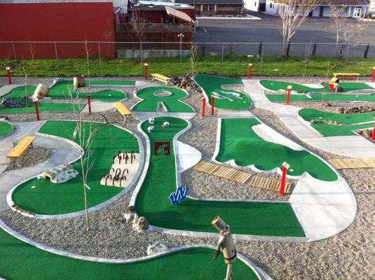 Fundraiser By Sophie Morrill Hanover High Mini Golf Course