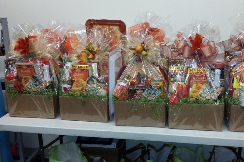 Fundraiser by George Pinzon : Holiday Food Baskets for the ...